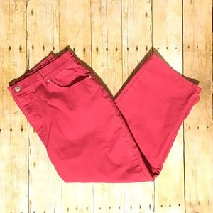 Gloria Vanderbilt Cranberry Denim Capri Pants 12